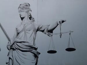 justice-9016_640
